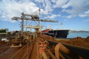 Nickel is loaded onto ships in Queensland, Aus. (Photo: Carla Gottgens/Bloomberg)