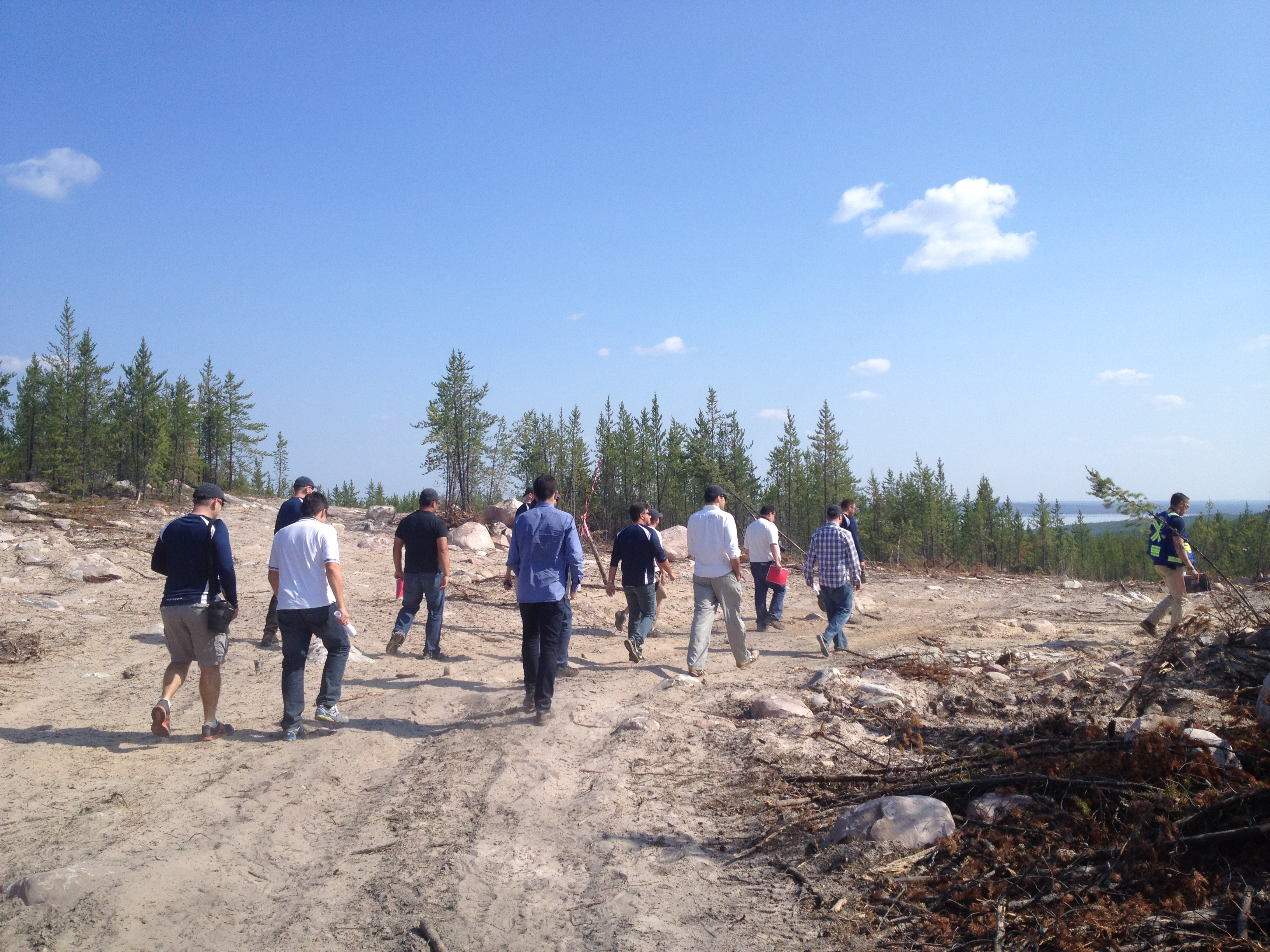 Analysts and investors on the inaugural site visit to Rook I and the Arrow discovery last week (Photo: CEO.CA)